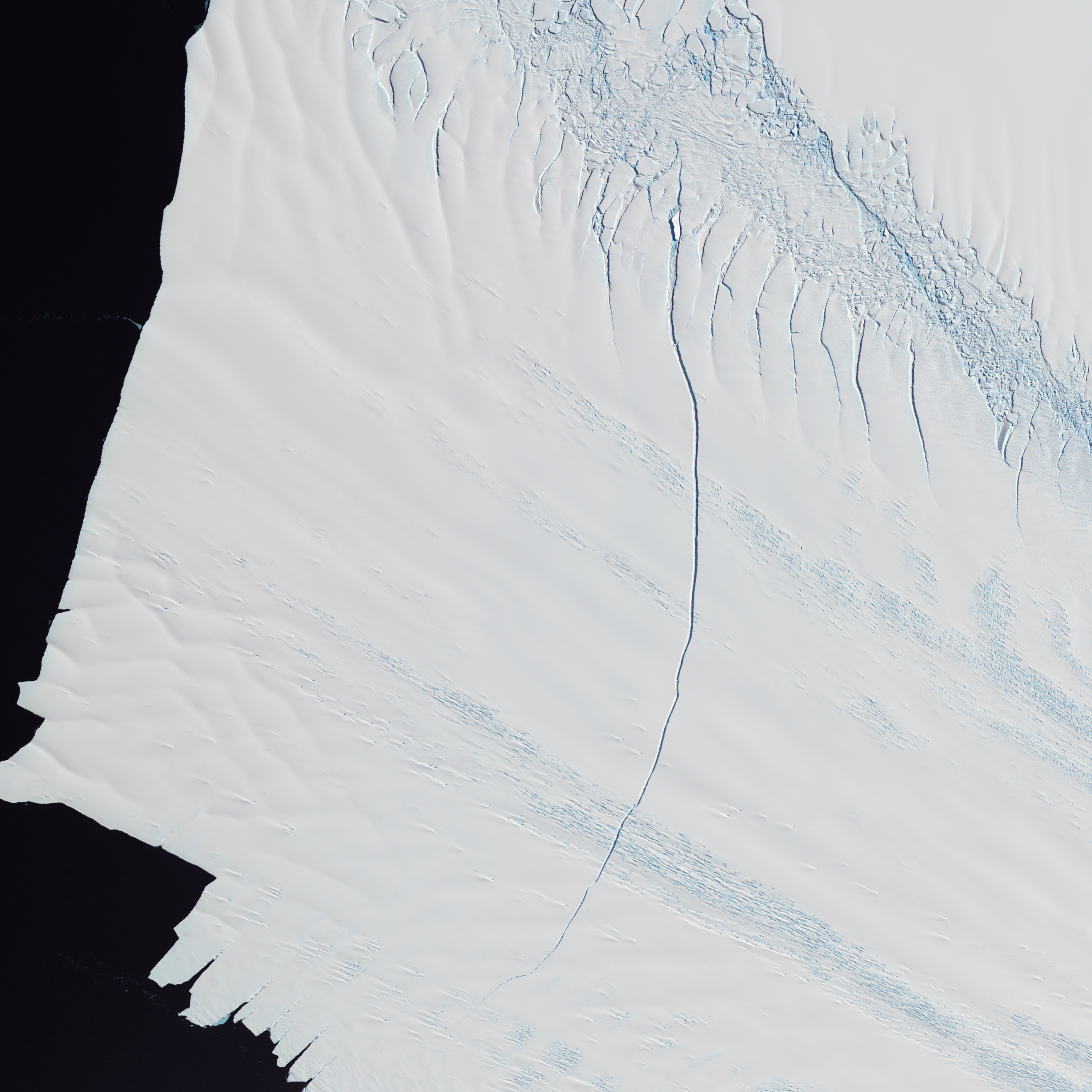 Crack in the Pine Island Glacier